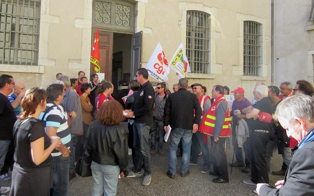 Trédi : les grévistes gagnent au tribunal et le conflit se poursuit