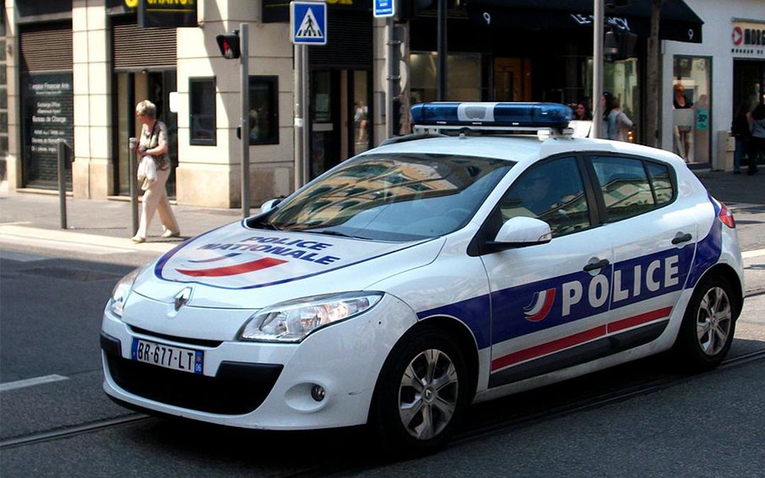 Police : le ministre doit tenir la parole du président