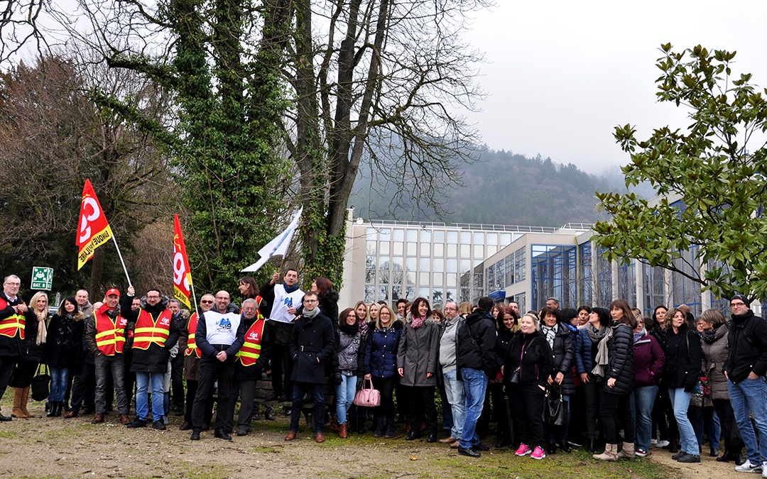 A la Banque populaire, grève contre les suppressions d'emplois