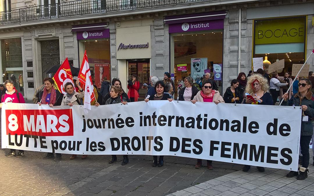 Les féministes contre la régression sociale