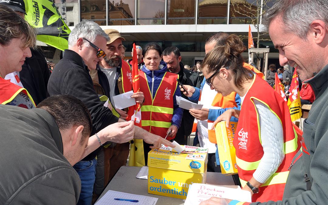 A Grenoble, les cheminots reconduisent massivement la grève
