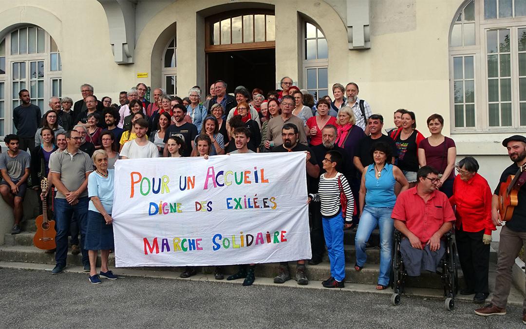 Pour un accueil digne des migrants, la marche fait étape à Rives