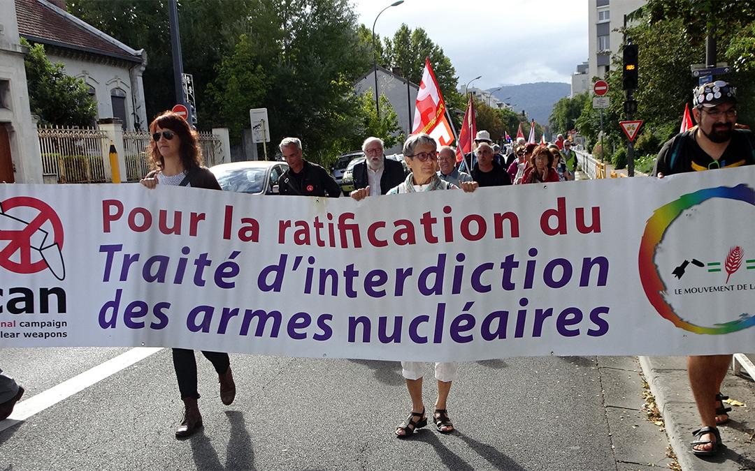 Marche pour la paix à Grenoble