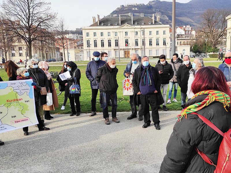 À Grenoble, hommage à trois militantes kurdes assassinées à Paris en 2013