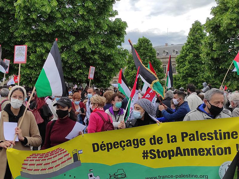 «Stop à l'agression israélienne contre les Palestiniens de Jérusalem! »