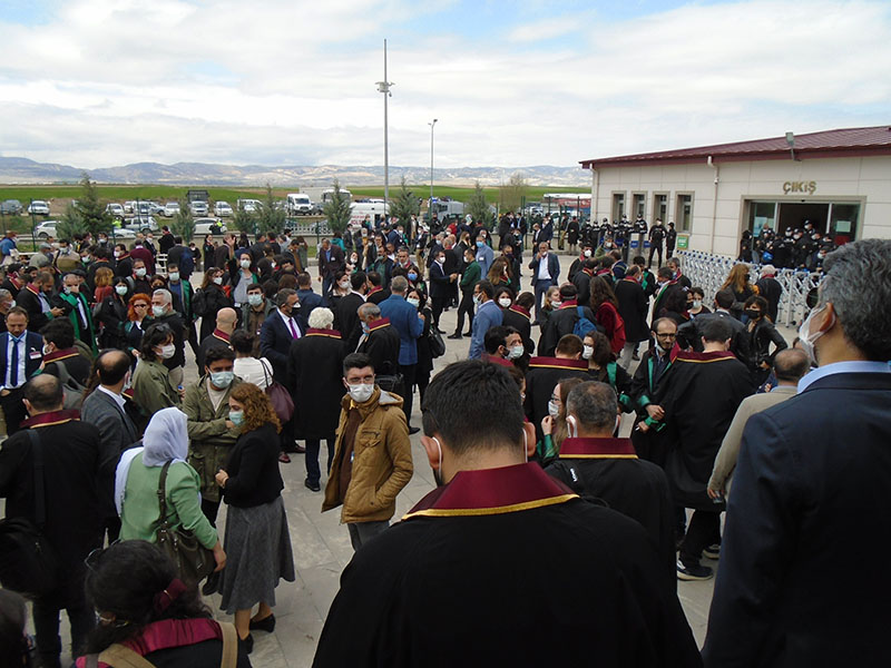 De retour du procès dit de « Kobané » à Ankara, ils témoignent